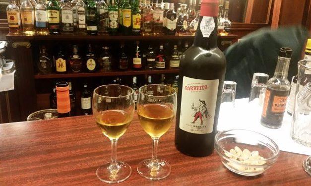 … escolher morrer afogado em Vinho da Madeira